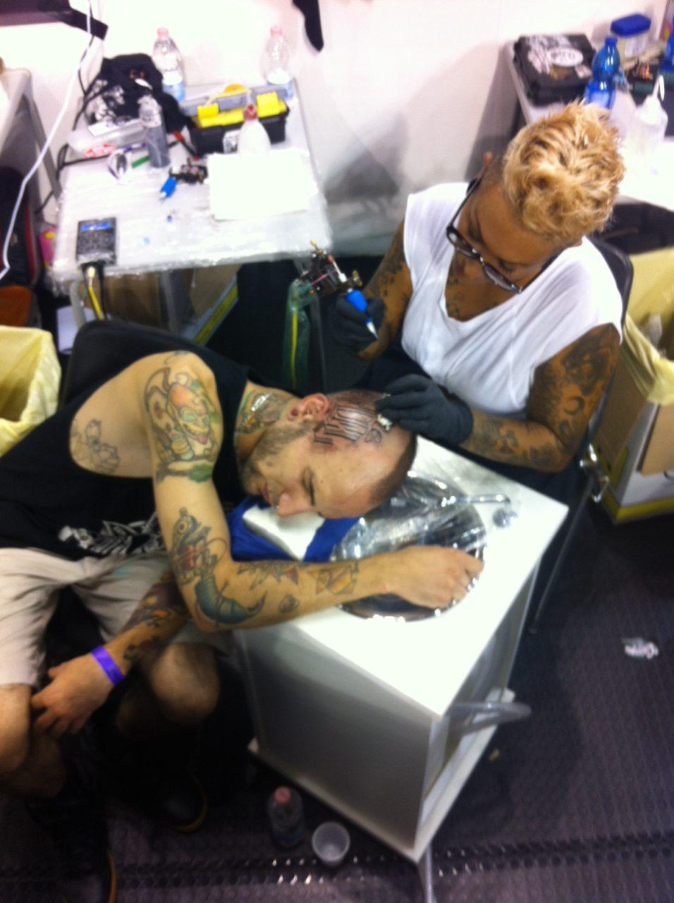 movingwater-at-the-tattoo-convention-3